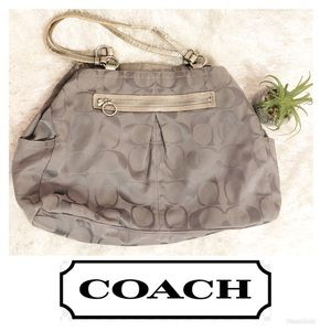 Coach Gray Large Purse / Tote Bag! 🌸
